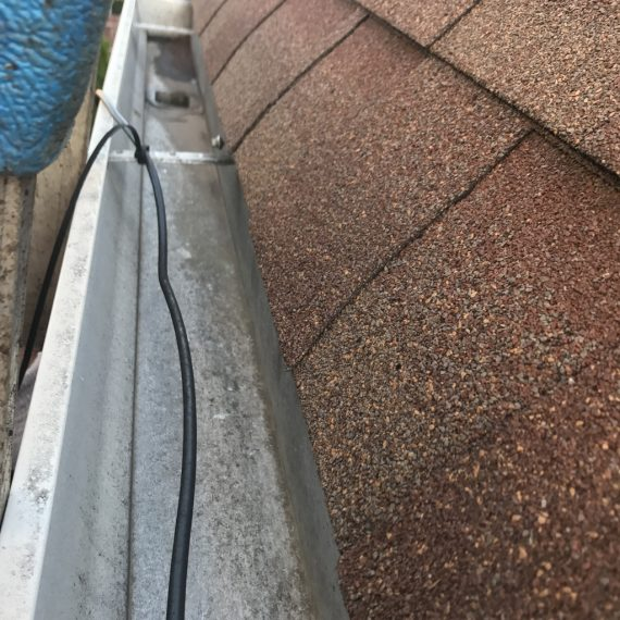 Chicago commercial gutter cleaning