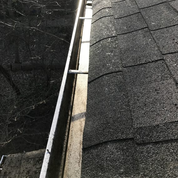 residential gutter cleaning Chicago